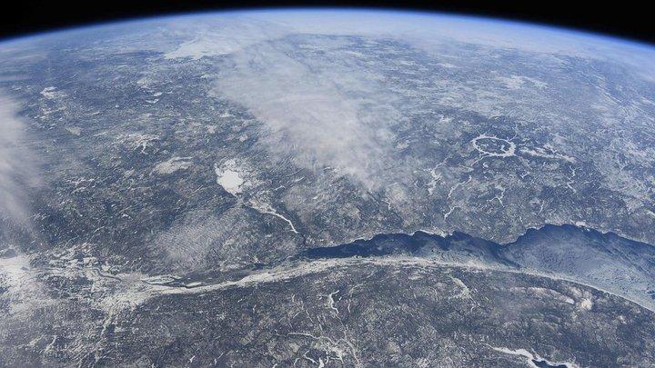 """""""Опасный астероид"""" приближается к Земле: Диаметр небесного тела почти 1 км"""