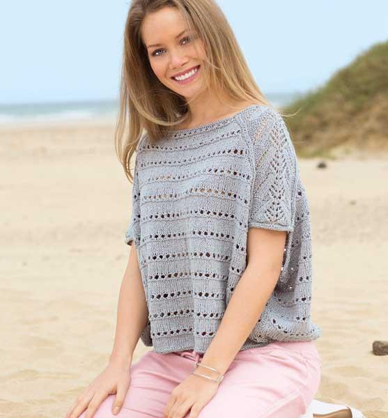 Пуловер в стиле оверсайз спицами