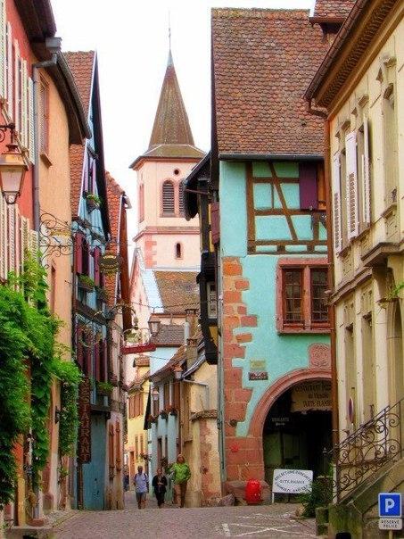 Душа и главный город эльзасских вин - Риквир, Франция