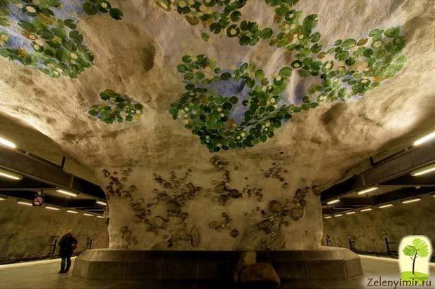 Ошеломляющее метро в Стокгольме – самая длинная художественная галерея в мире, Швеция - 20