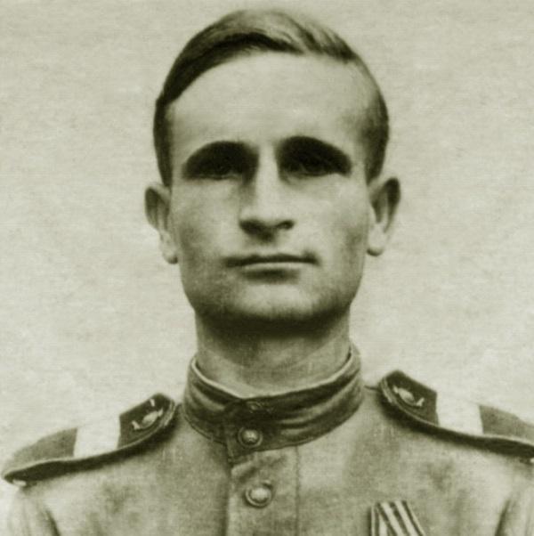 Полководец сержант Ломакин