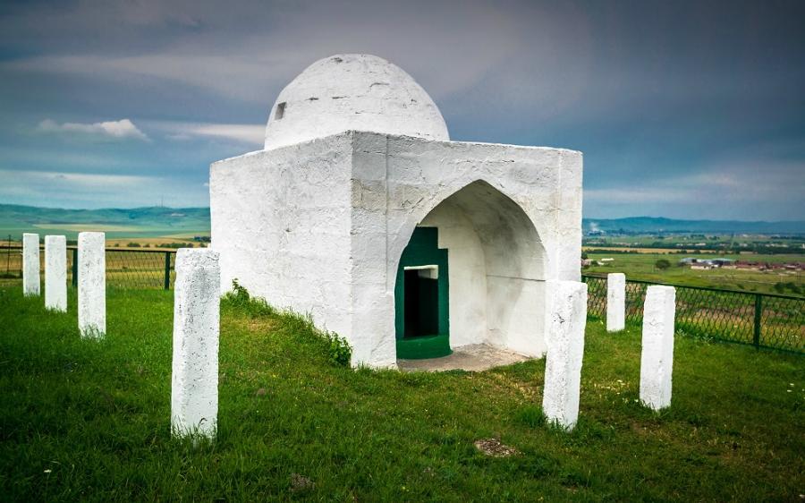 25 священных мест в России