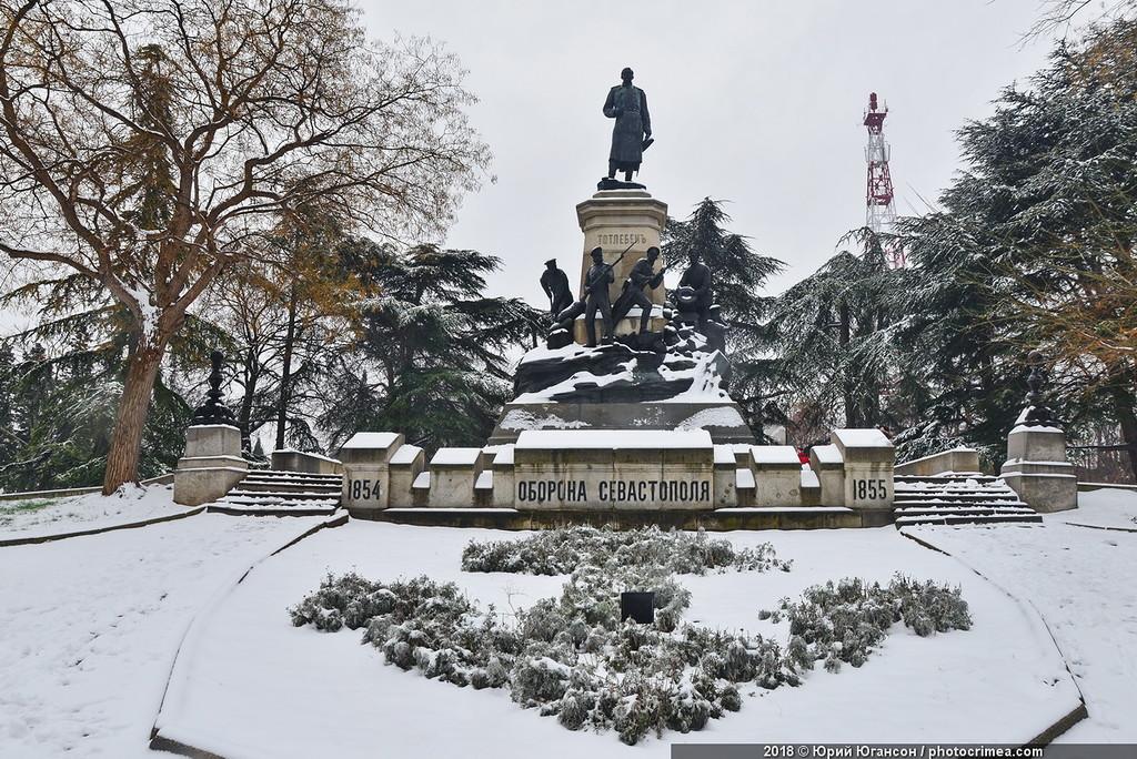 Исторический снег в Севастополе