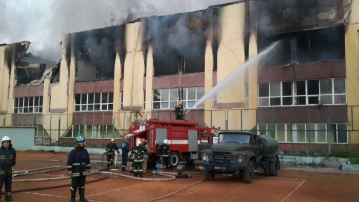 Во Львове частично сгорела у…