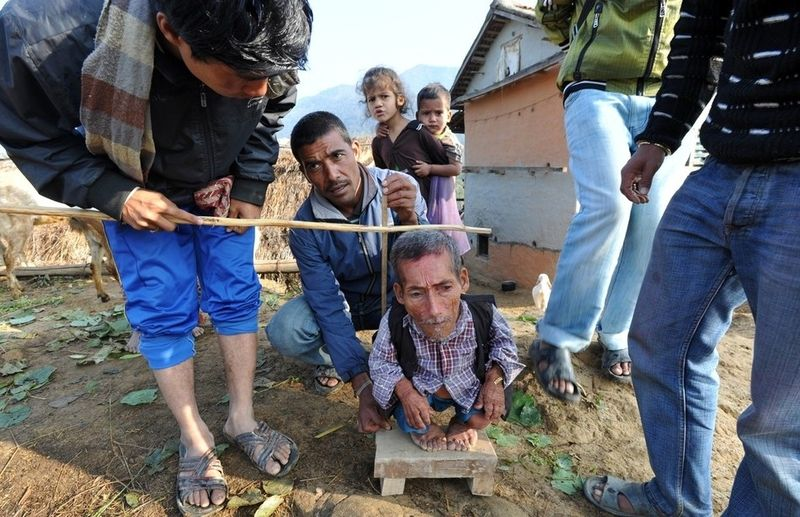 Самый маленький человек найден в непальской деревне (19 фото + 1 видео)