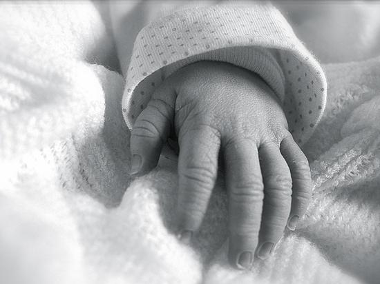 Обвал рождаемости: на детей …