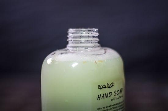 Как сделать жидкое мыло из обмылков 6