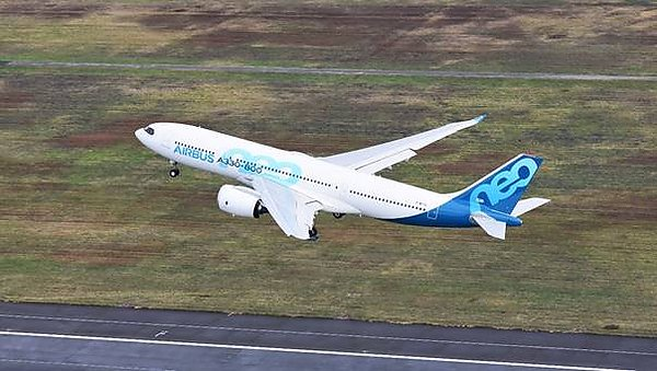 Прототип самолета Airbus A330-800neo совершил первый полет