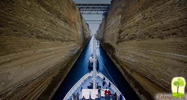Коринфский канал в Греции – самый узкий судоходный канал в мире - 8