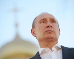 Путин предложил выселить из Кремля большинство чиновников