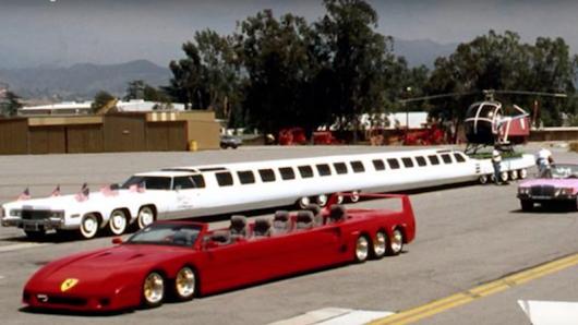 Авто-факт: самый длинный лимузин в мире с джакузи и площадкой для вертолета