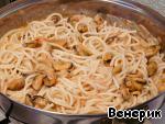 Паста с мидиями в сливочном соусе Спагетти