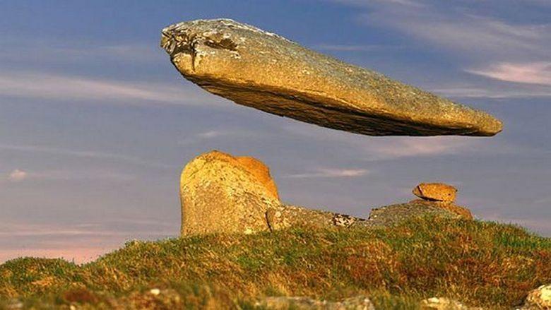 Тайна «левитирующих камней» …