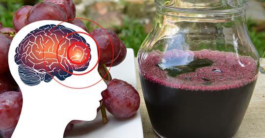 Почему люди, страдающие мигренью, должно выпить виноградный сок. Вот результаты