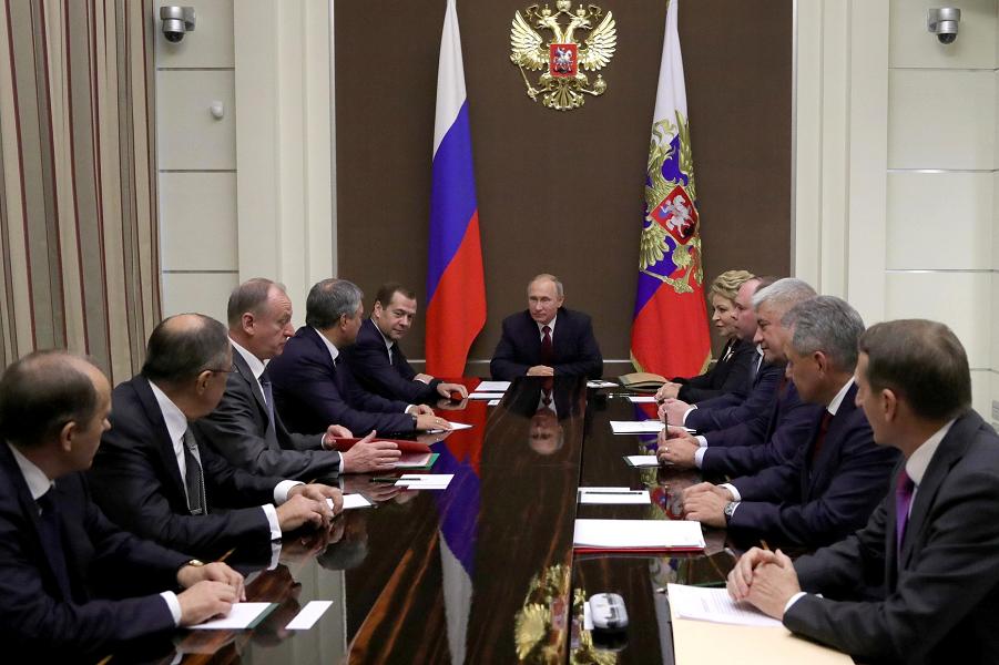 С чем можно поздравить Путина Владимира Владимировича? Чего ему пожелать?