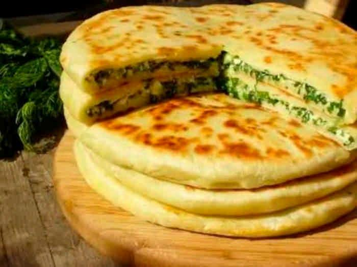 Тонкие пирожки с начинкой из брынзы