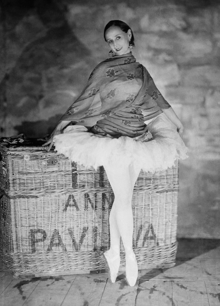 Анна Павлова — великая балерина, которая подписала контракт с изнурительным графиком, чтобы вытащить любимого из тюрьмы