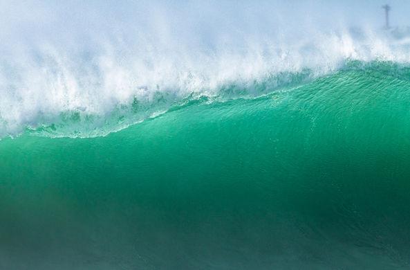 В южном полушарии зафиксировали самую высокую волну
