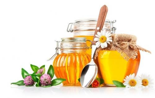 Оздоравливающая смесь - гречка, мёд, орехи.
