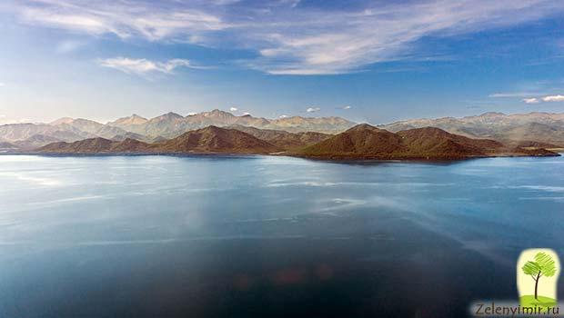Устрашающий вулкан Малый Семячик с кислотным озером. Камчатка, Россия - 4