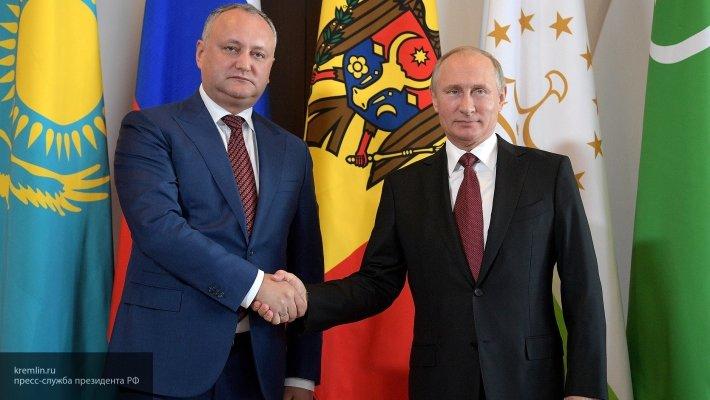 «С Западом против России дружить не собираемся»: Додон дал обещание Путину