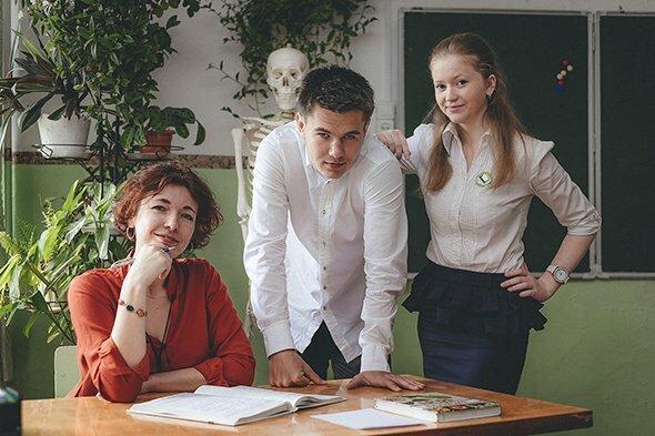 Славяна Николаева с учениками