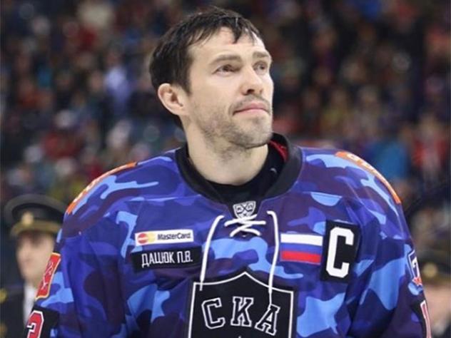 Павел Дацюк остается в петербургском СКА еще на год