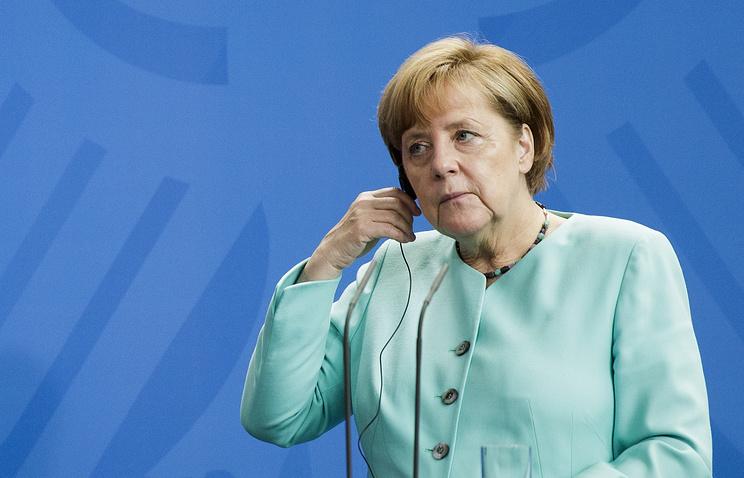 Меркель отказалась быть посредником между Путиным и Трампом на встрече в Гамбурге