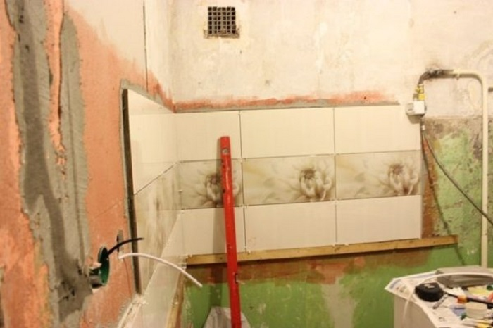Мужчина  сделал из безобразной кухни в 5 м² произведение искусства! И при этом не нанимал рабочих