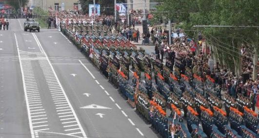 Турчинова шокировала трансляция украинскими СМИ парада в Донецке