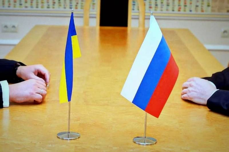 Почему Россия проигрывает на «украинском фронте»
