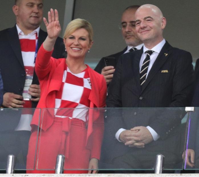 Президент Хорватии на ЧМ-2018 очаровала всех. В финале Макрон даже позабыл о супруге!