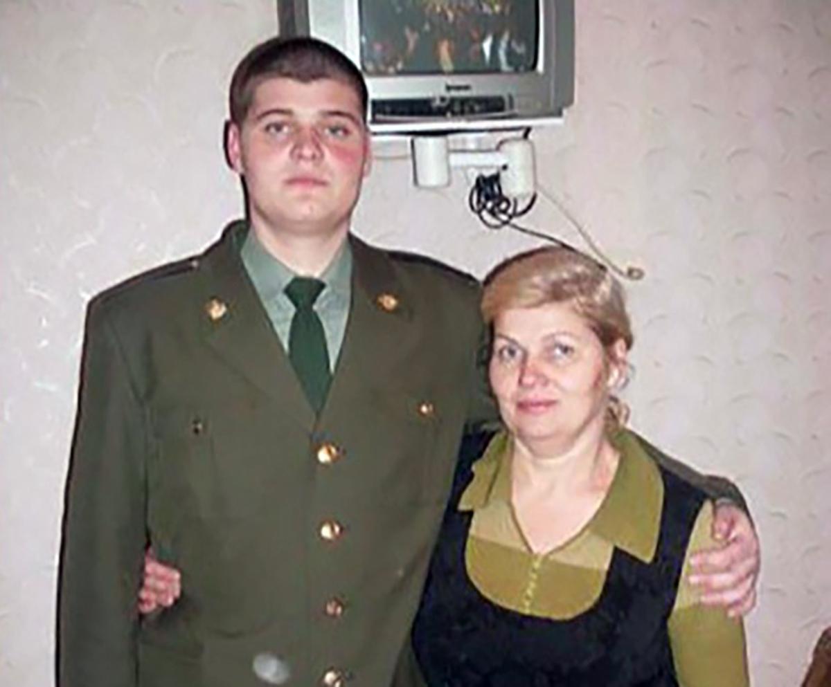 Медики отказались лечить избитого парня, приняв его за бомжа. Он скончался