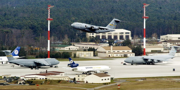 Пентагон озадачен: военные базы США в Европе полностью зависят от России