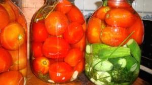Быстрая и ленивая консервация помидоров и огурцов