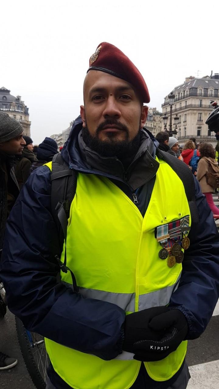 Желтая зима Парижа