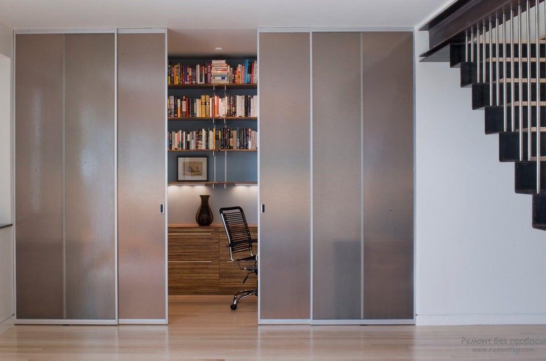 Стеклянные двери межкомнатные можно купить на aluclimb.ru, к.