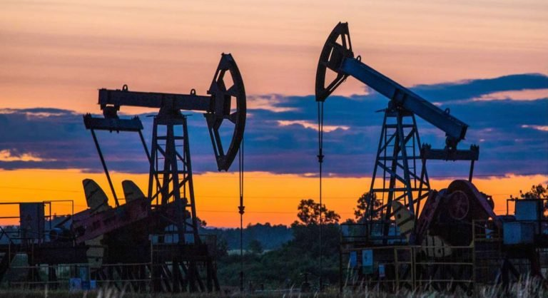 Эффект бумеранга: санкции против Венесуэлы ударили по нефтяникам США