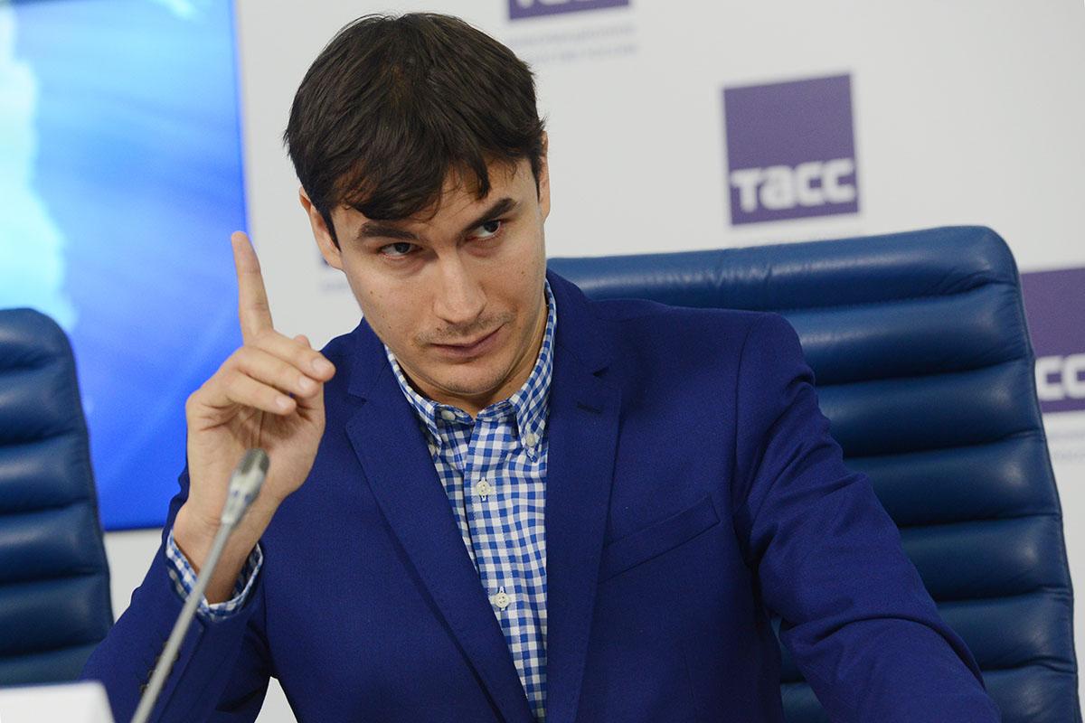 Сергей Шаргунов в Думе: «Выд…