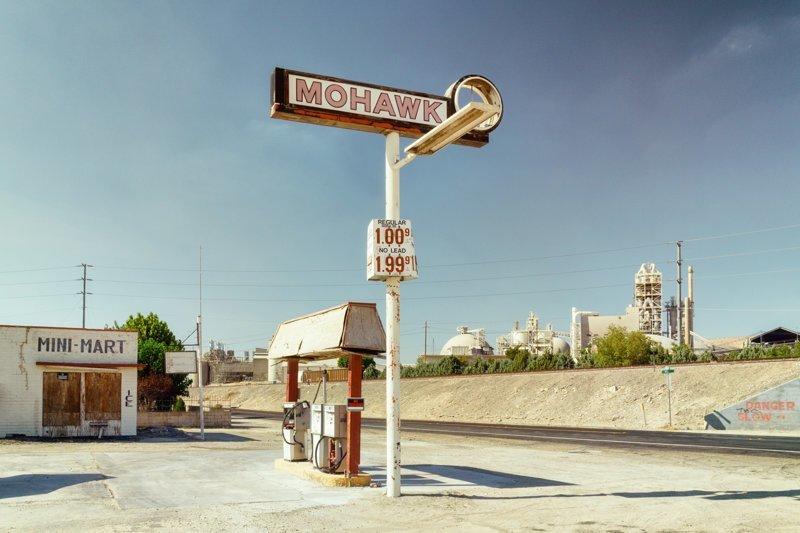 Официальное название этой трассы — U.S. Route 66. Но в народе её называют Шоссе Уилла Роджерса, «Главная улица Америки» или «Мать Дорог» путешествия, ральф граф, сша, фотография, шоссе 66