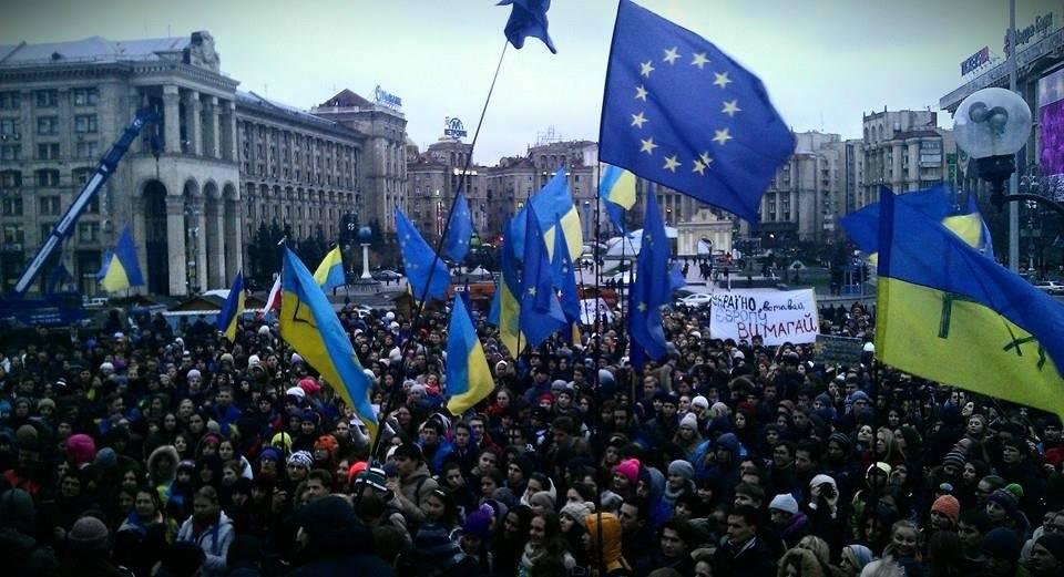 Цепная реакция распада: в Киеве осознали тяжесть ситуации