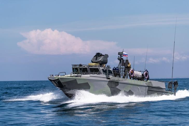 «Калашников» отчитался о начале производства патрульной и водолазной версии катера БК-16