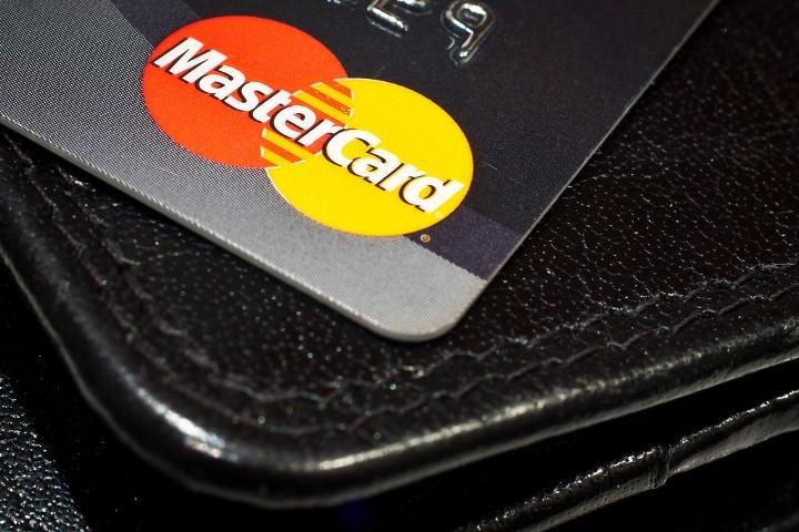 ЕК оштрафовал MasterCard на €570 млн