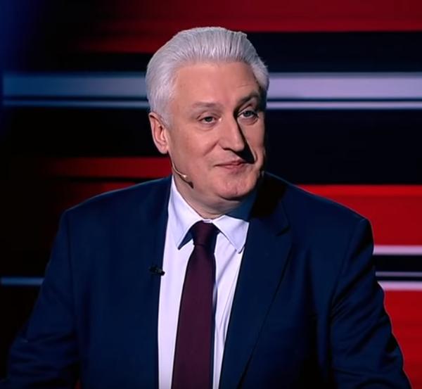 Игорь Коротченко заявил, что Макрон возомнил себя новым Наполеоном и России стоит опасаться новой Франции