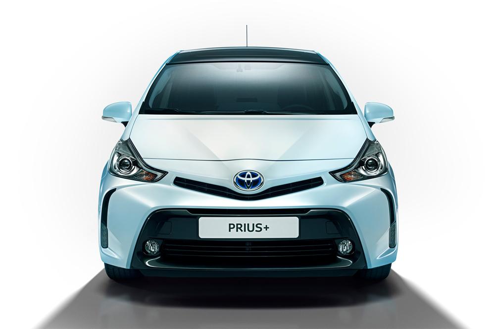 Рестайлинговая Toyota Prius стала более экологичной