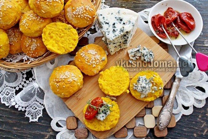 Тыквенные булочки с сыром