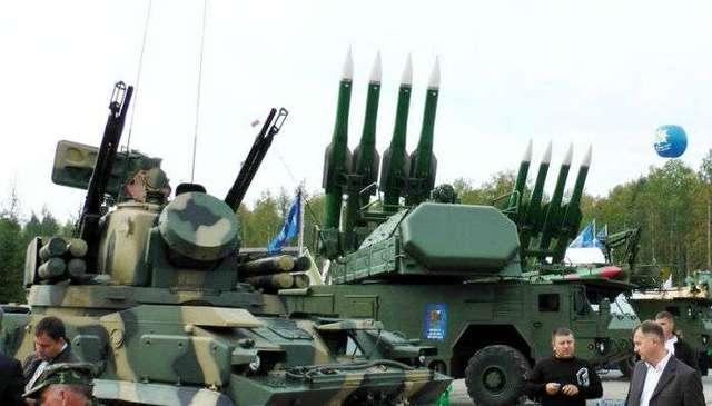 «Они готовы воевать с кем угодно» – украинский эксперт шокирован российской мощью в Крыму