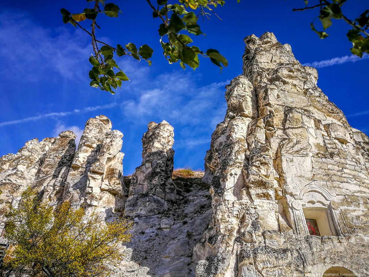 Пещерные церкви в меловых горах