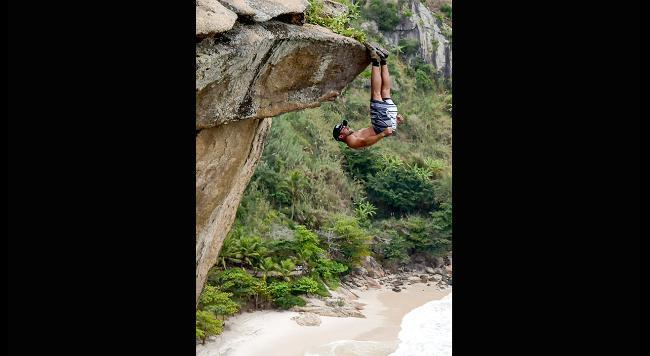 Мощные эмоции с риском для жизни