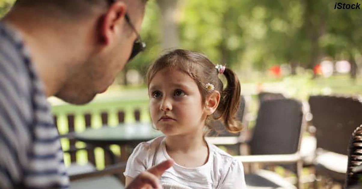 Плохое настроение родителей сильно вредит детям